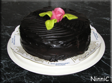 Chokladtårtan E hade med sig.