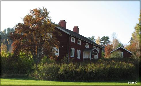 Hälsingegård i Järvsö. 30 sept.