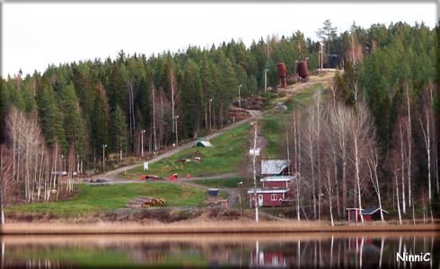 Jättarna på Nabbaberget har fått sällskap av en cykelpark.
