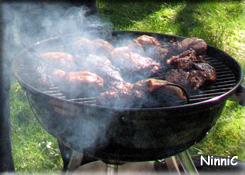 120527 Far grillade kyckling.