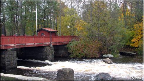 121019 En fin bro med fina höstfärger omkring men var vi var någonstans vet jag inte. Någon som vet?