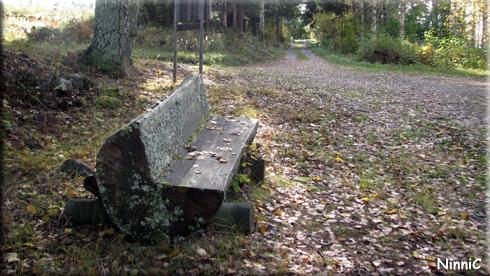120928 En plats att sitta och filosofera på.