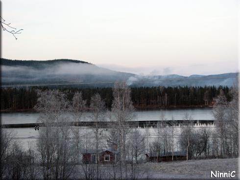 121125 Utsikt över Ljusnan från Leifs i Karsjö.