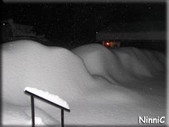 121201 Det blev mycket snö till första advent 2012.