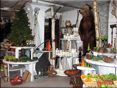 121211 Løiten Lys - En björn bland ljusen.