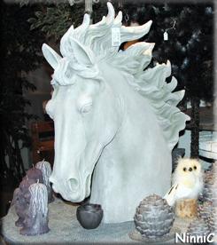 121211 Løiten Lys - Hästen, ugglan och trolljusen.