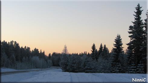 121211 Soluppgång - vi är fortfarande i Sverige. :-)